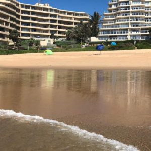Ballito Sands Beach Break Special! Les Mouettes Beachside Apartments