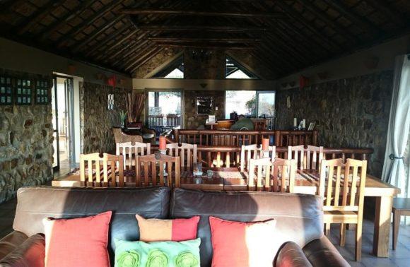 Elly-Spotting at Aloe View Rock Lodge, Hluhluwe
