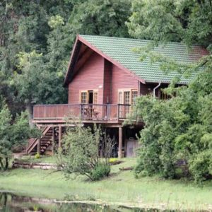 BrambleBerry Lakeside Cabin, Midlands KZN