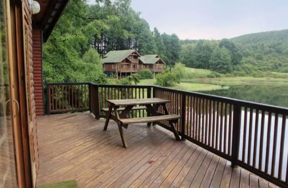 Peace on the Water: BrambleBerry Lakeside Cabin, Midlands KZN